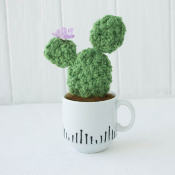 Light Green Cactus Cacti Peyote with Flower Knitted Woolen Acrylic Handmade Cactus Cacti Peyote Gifts Home House Table Decor Decoration