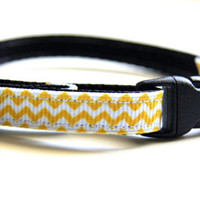 Yellow Chevron Cat Collar