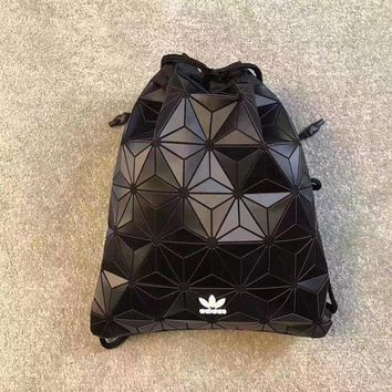 LMFOK3 Adidas Originals 3D Bucket Gym Sack x Issey Miyake AY9352 BackPack Amazing LOOK