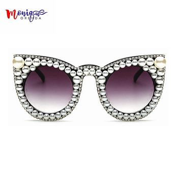 2016 Brand designer Luxury women Sunglasses  Pearl with Rhinestone Vintage Cat eyes Ladies Shade Big Size Sunglasses Women