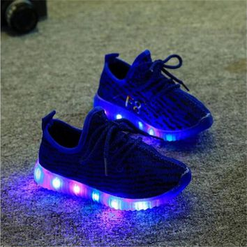 Fashion Online 2017 Hot Fashion Led Baby's Children's Shoes Girls Boys Casual Lighted Mesh Breathable Sneakers Shoes With Lights For Kids Baby