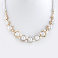 STYLIZED FRAMED PEARL NECKLACE SET
