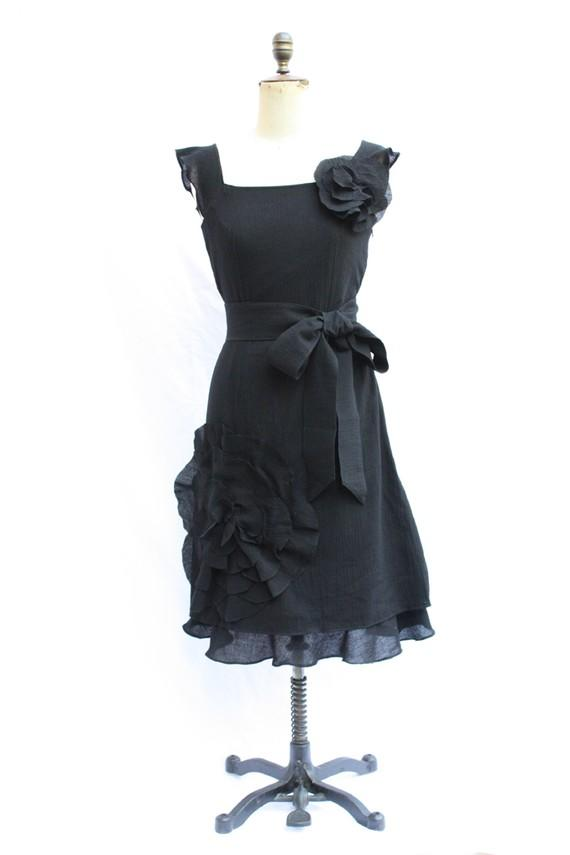 Oversized Flower Corsage Dress With Belt From Worldland On