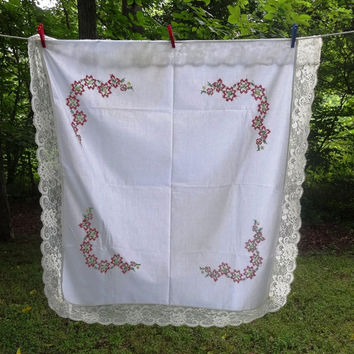 Vintage 1970s Cotton Tablecloth with Hand Embroidery Cross Stitch in Red with Lace Trim