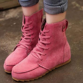 Ladies Flat Round Toe Lace Up Boot