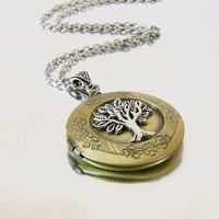 Gold Locket Tree of Life Celtic Lockets Gold and Silver Celtic Locket Necklace Jewelry for Girlfriend, Sister, Daughter Graduation Gift