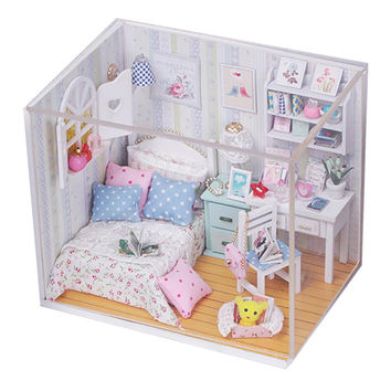 2016 Hot Sale DIY Wood Dollhouse Bed Miniature With LED Furniture Cover Furniture Gift Toys For Children