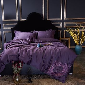 Luxury Egyptian Cotton Crown Embroidery Bedding set Purple Bed set King Queen Size Duvet cover Bedsheet set