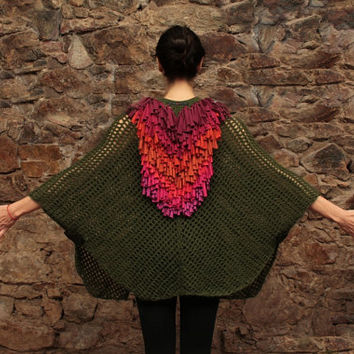 Knitted poncho, crochet cape, moss green shawl, wool poncho in green