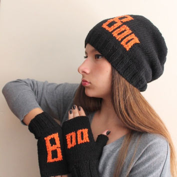 Boo! Hallowen Knit Hat in black and pumpkin color.  Slouchy Beanie. Fall Winter Fashion Women Teens Accessories