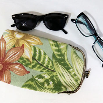Green Paradise  - Glasses case Double pockets - Sunglasses / Reading case - Green and Peach Cotton Canvas fabric - Antique Bronze Frame