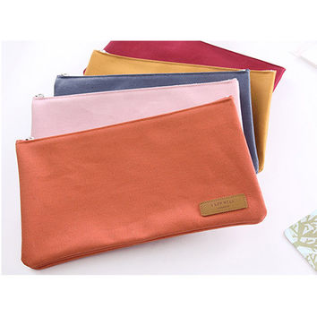 Livework A low hill basic foldable large pocket pouch
