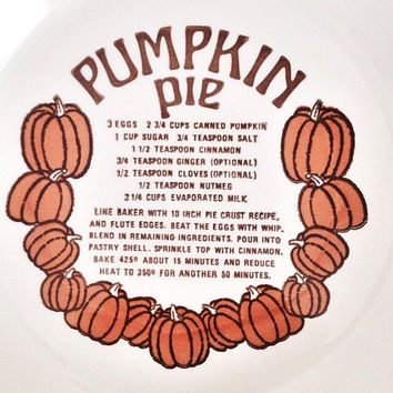 Vintage Pumpkin Pie Dish / Pumpkin Pie Plate / Vintage Baking Dish / Fall Decor