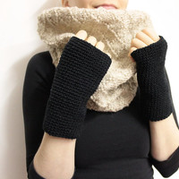 Black Wrist Warmers, Wool Texting Glove, Fingerless Mitts, Open Glove, Crochet Hand Warmer, Texting Mitten, Glove Wrist Warmer, Black Gloves