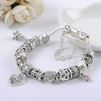 New Silver Plated Bead Charm Eiffel Tower Heart Pendant Silver Bead Fit Women Snake Bracelet With Logo Bangle DIY Jewelry SL1503