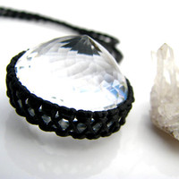 Quartz Crystal Necklace  / Crystal Jewelry / Faceted Gemstone / Quartz Jewelry  / Diamond Cut / Chic / Healing Stone / October finds
