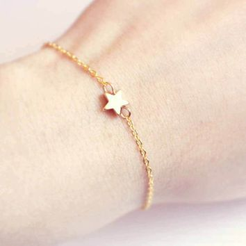 FAMSHIN 2017 Five-pointed star Star Pendant Charm Chain Bracelet Couple Bracelets Jewelry Friendship Gifts to Friends Lover