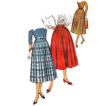 Vintage 1950s Sewing Pattern Pleated Skirt Uncut Small Waist 25