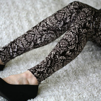 Velvet leggings with ornaments