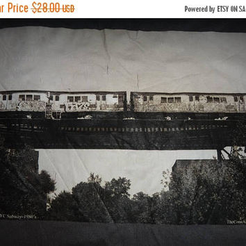 Hot sale 30% off rare New York City Subway Photo 1980s By The Conn Artist Photographer tshirt Big Size XX~Large Tops Tee