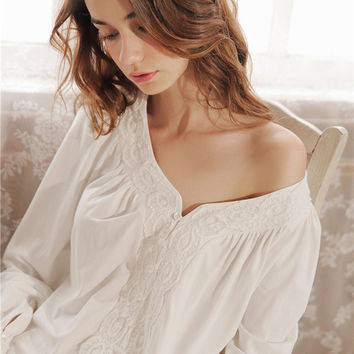 Women Sleep Dress Long Nightgown Cotton Lace Nightdress Long sleeved Home clothes Vintage Classic Sleepwear European Style