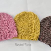 Newborn Knit Baby Hat with Cables - Photo Prop & Gift