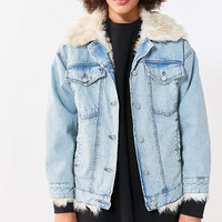 BDG Faux Fur Lined Denim Trucker Jacket - Urban Outfitters