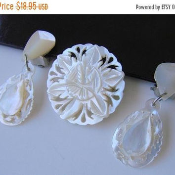 SALE Vintage Mother of Pearl Bethlehem Jewelry Set * Brooch * Dangle Earrings * Drop * Demi Parure * Jewellery