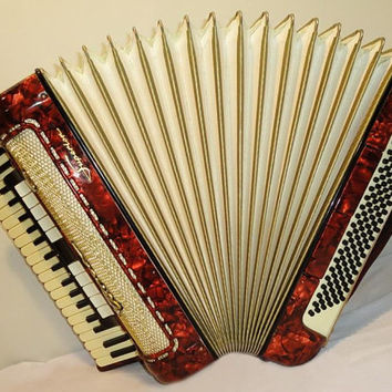 Horch Superior Piano Accordion Musical Instrument German Accordian 120 bass 185