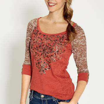 premium embellished baseball tee with burnout sleeves in henna