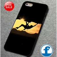 Mountain Climbers design for iphone, ipod, samsung galaxy, HTC and Nexus Phone Case