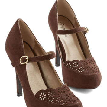 ModCloth Vintage Inspired Definitive Drama Heel in Brown