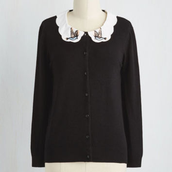Has a Mind of Its Flown Cardigan in Black
