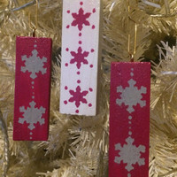 Hanging Christmas tree ornaments, Modern Christmas decorations, Nordic snowflake design, Pink White and Grey