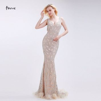 Champagne Evening Dresses Stunning Beading Sexy Deep V-Neck Backless New Mermaid Floor-Length Sweep Train Dresses