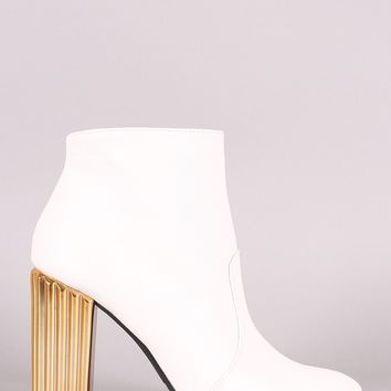Qupid Leather Pointy Toe Textured Metallic Chunky Heeled Booties