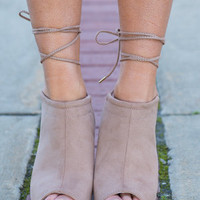 Strut It Up Wedge, Taupe