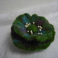 Felted brooches, felting accessories,black green brooch,felt flower,black green felt flower brooch,green flower poppy pin,felt brooch flower