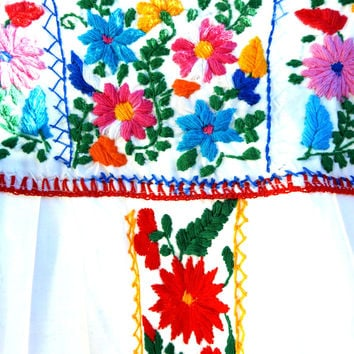 Mexican embroidered dress, 70's white mexican dress, Mexican dress, Mexican dress women, vintage peasant mexican dress, embroidery dresses