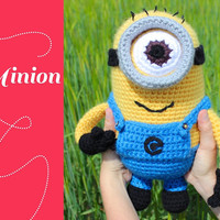 Minion. Amigurumi crochet pattern. Despicable me.