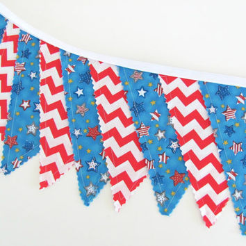 Fourth of July Flags Banner Photo Prop Chevron Summer Party Decor Stars and Stripes Red White Blue - Patriotic Picnic Bunting pennants