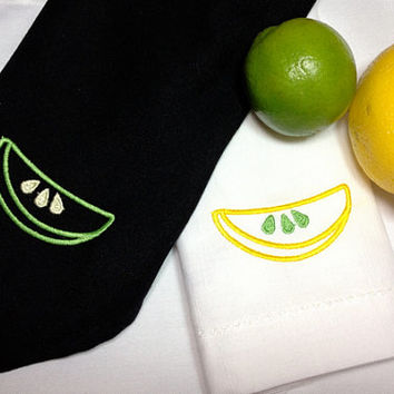 Set of 4 Lime Lemon Citrus Embroidered Cloth Napkins / green / yellow / summer napkins / white / black / picnic / embroidered napkins