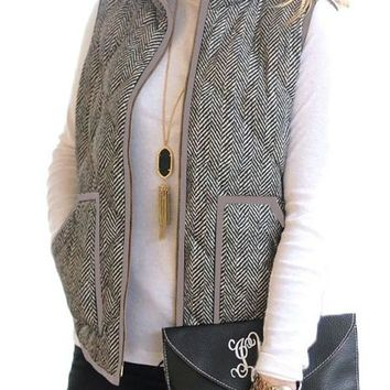 Womens Gray Zipped Pocket Quilted Vest with Coffee Frame