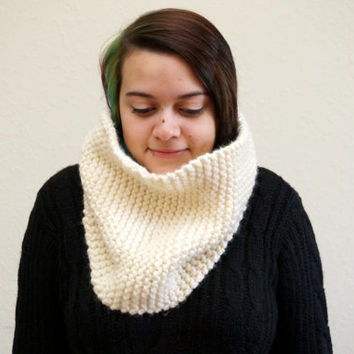chunky knit cowl, knit scarf, chunky loop scarf, knit wool cowl, ribbed scarf, chunky infinity / THE POTOK / Cream / Ready to Ship!