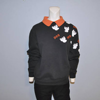 "Vintage Halloween Sweatshirt Black with Orange Collar and White Ghosts ""Boo"" Sweat Top Sweater Shirt Size Small 1990's or 1980's Goth"