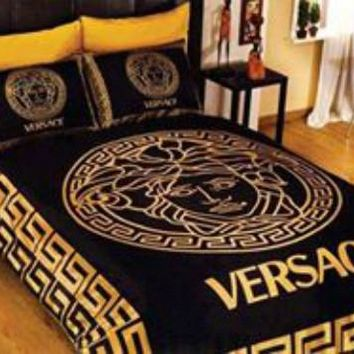New Versace Bedding Set Gold And Black Medusa 100% Cotton Queen size Luxury Box