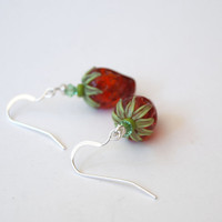 Strawberry Earrings, Red Earrings, Lampwork Glass Earrings, Beaded Earrings, Fruit Earrings, Beadwork Earrings