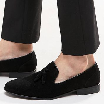 Men velvet loafers black large size luxury brand suede leather men tassel penny loafer