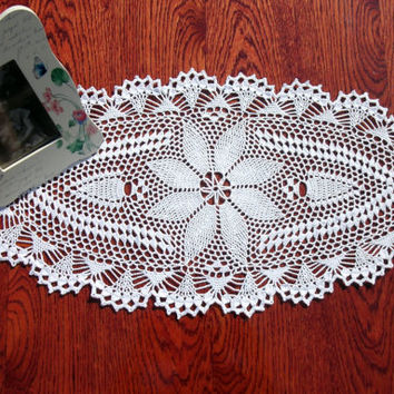 White oval doily 24 inches 11,5 inches Crochet lace doily Vintage style doily Crochet table decor Big crochet doily Oval crochet doily