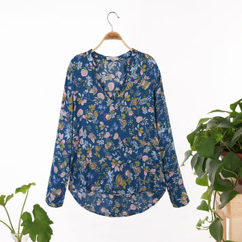 2015 New Fashion Ladies' Elegant vintage floral print blouses stylish V neck long sleeve OL shirts casual slim brand tops